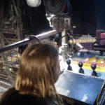 Hinter den Kulissen eines Musicals: So werfen Sie einen Blick in den Backstagebereich