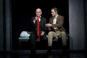 Tom Zahner (Max vonMayerling) und Matthias Otte (Joe Gillis)