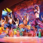 Aladdin auf dem Basar - das Ensemble