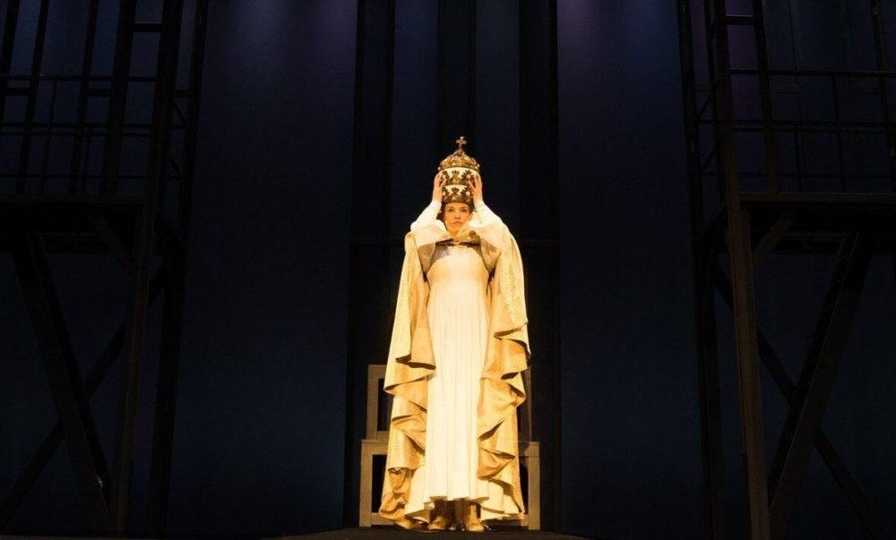 Die Papstin Premiere Der Neuinszenierung In Stuttgart Musical1