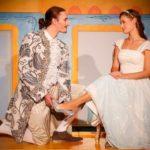 ASCHENPUTTEL – das Musical: Prinzessin Becherschmeiß liebt Prinz Gurkennase