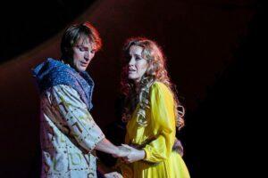 BONIFATIUS DAS MUSICAL: Sturmius (Friedrich Rau) und Alrun (Judith Jandl)