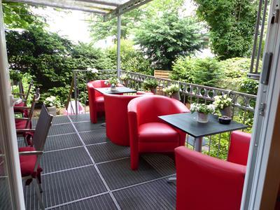hotel f rst garden dortmund musical1. Black Bedroom Furniture Sets. Home Design Ideas