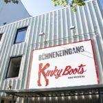 Der Kinky Boots Bühneneingang vom Operettenhaus