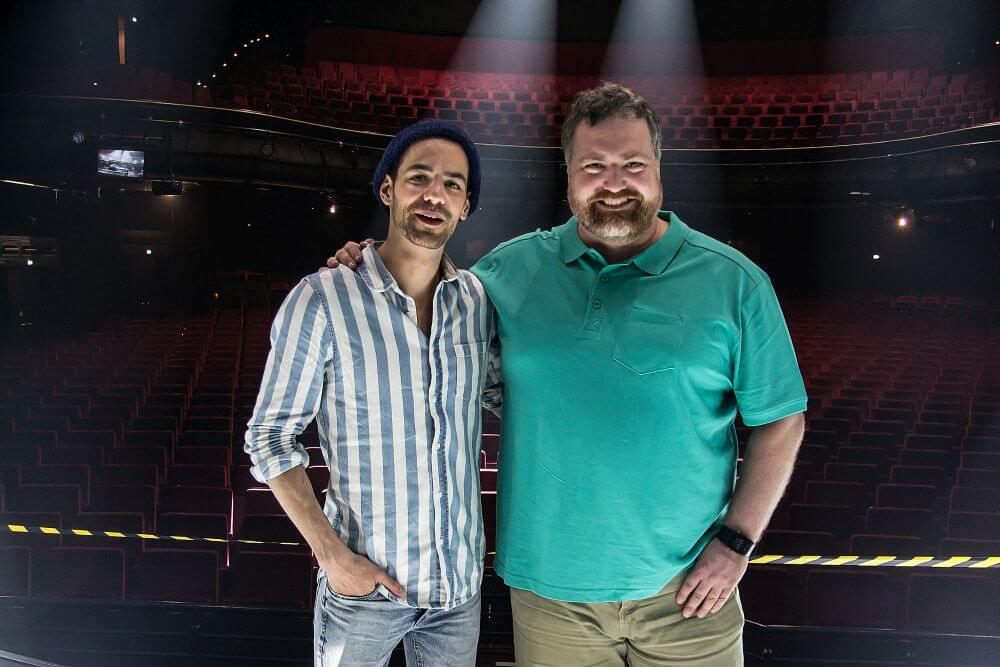 Sebastian und Benjamin im Operettenhaus