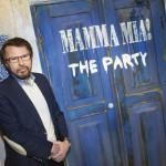 Björn Ulvaeus vor dem Eingang zu MAMMA MIA! The Party