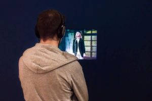 Marius in der Otto-Ausstellung