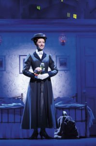 Elisabeth als Mary Poppins