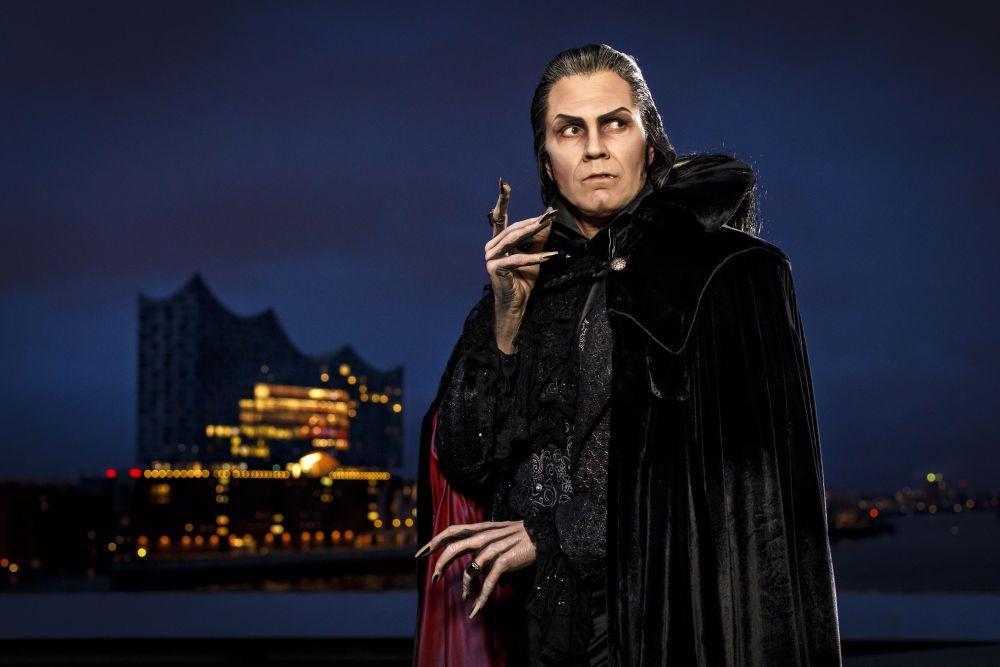 Mathias Edenborn als Graf von Krolock