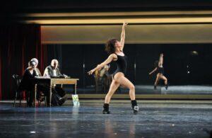 FLASHDANCE - Nadja Scheiwiller als Alex Owens bei Shipley-Audition