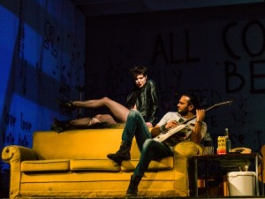 Sasha Di Capri und Sybille Lambrich spielen Rent am Theater Trier