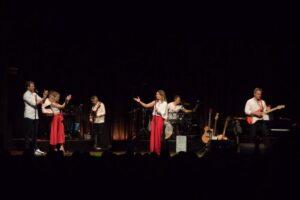 Roberta und Band