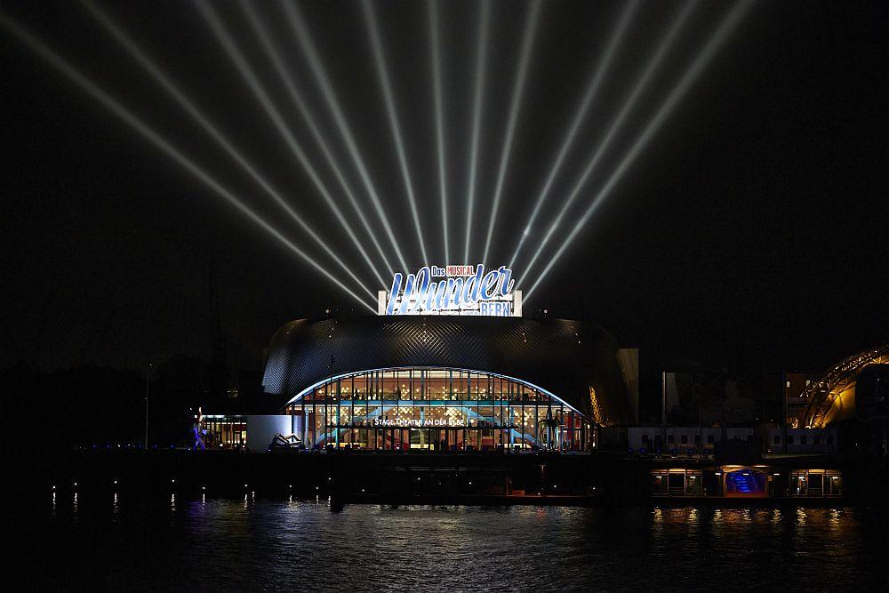 Stage Theater an der Elbe Eröffnung