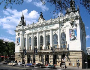 Stage Theater des Westens Berlin am Tag