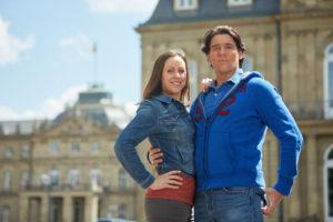Anna Thorén und Andreas Lichtenberger: Tarzan-Darsteller vor dem Neuen Schloss in Stuttgart