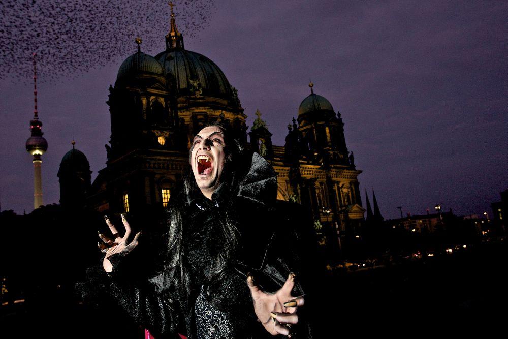 offizieller vorverkauf f r tanz der vampire in berlin. Black Bedroom Furniture Sets. Home Design Ideas