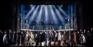 Die Titanic legt ab