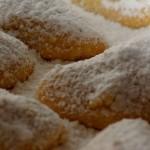 Weichnachtsbäckerei: Rezept für Vanillekipferl