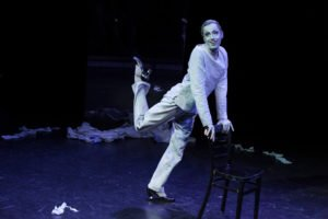 Victor Petersen tanzt