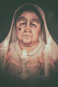 Yvonne Köstler - Gebetszene